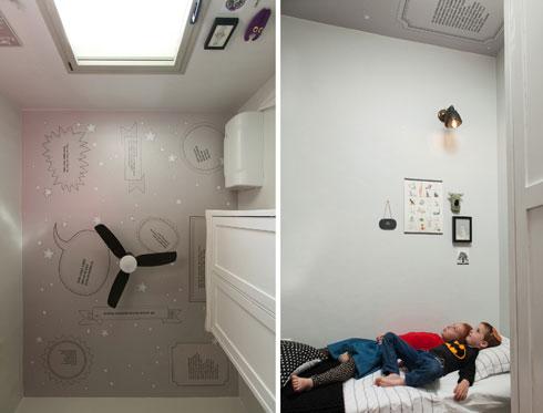 מנורה שמשלבת מתכת שחורה וזכוכית בחדר הילדים (צילום: שירן כרמל)