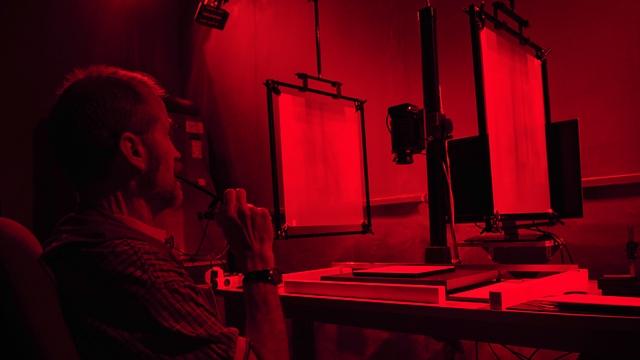 טכנולוגית הצילום המתקדמת של רשות העתיקות שפותחה במיוחד עבור המגילות (צילום: שי הלוי, באדיבות רשות העתיקות)