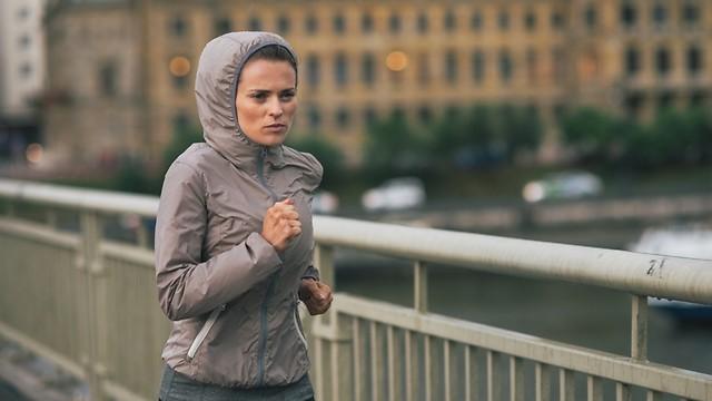 אל תוותרו על פעילות גופנית בחורף (צילום: shutterstock) (צילום: shutterstock)
