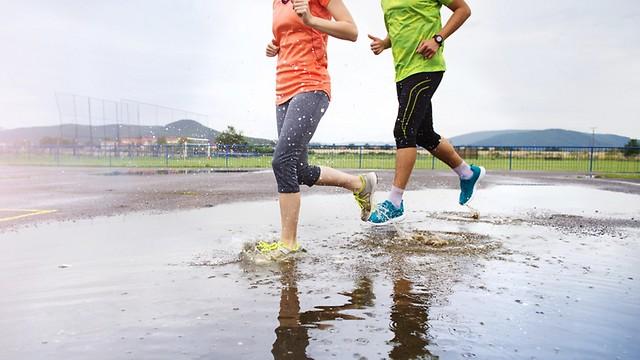 """רצים רק בסופ""""ש? אתם עדיין נהנים ממגוון יתרונות בריאותיים (צילום: shutterstock)"""