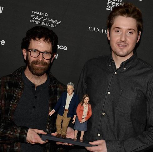 """צ'ארלי קאופמן, דיוק ג'ונסון והבובות של """"אנומליסה"""" (צילום: GettyImages) (צילום: GettyImages)"""
