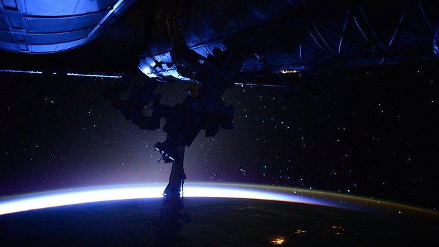 """עוד מבט מתחנת החלל (צילום: סקוט קלי, נאס""""א) (צילום: סקוט קלי, נאס"""
