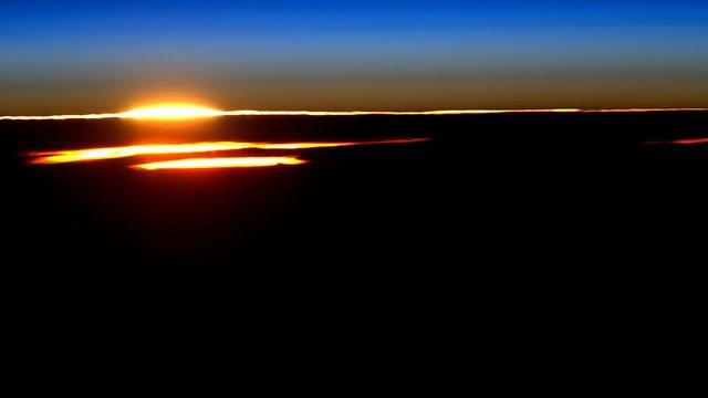 """השמש זורחת השבוע (צילום: סקוט קלי, נאס""""א) (צילום: סקוט קלי, נאס"""