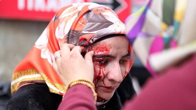 סוף השבוע: איסטנבול בוערת מזעם (צילום: EPA) (צילום: EPA)