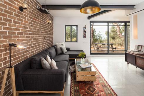דירה קטנה בחיפה, שתתרחב עם המשפחה. לחצו לכתבה המלאה (צילום: טל ניסים)