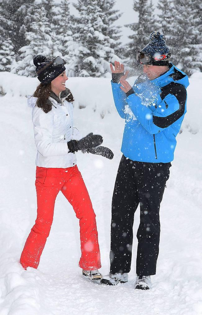 חמודים שאתם! הנסיך וויליאם והדוכסית קייט מידלטון (צילום: AFP)