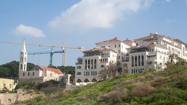 בנייה ביפו. תהליך הוצאת היתרי הבנייה נמצא בעיצומו (צילום: Gettyimages) (צילום: Gettyimages)