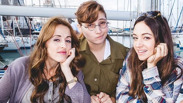"""קאסט מצוין. כוכבות """"האחיות המוצלחות שלי"""" (צילום: אלעד רובין) (צילום: אלעד רובין)"""