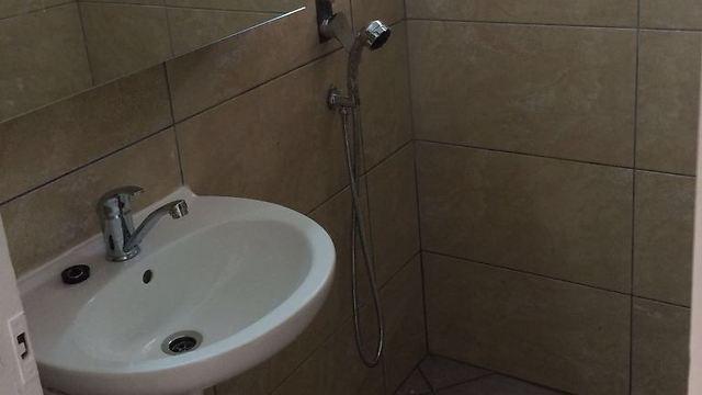 כך נראה חדר האמבטיה אחרי