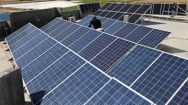 Seeing no end to power crisis, Gazans turn to solar power