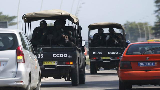 כוחות הביטחון בחוף השנהב (צילום: רויטרס) (צילום: רויטרס)