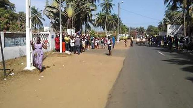 רחובות גראן-בסאם בחוף השנהב ()