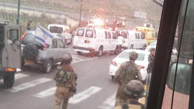 """זירת הפיגוע: צומת אליאס (צילום: הצלה יו""""ש) (צילום: הצלה יו"""