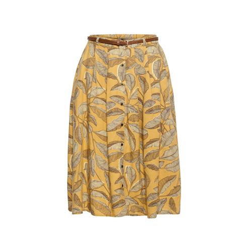חצאית בהדפס עלים עם חגורה דקה, 129.90 שקל (צילום: אודי דגן)