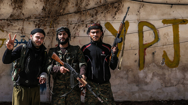 Kurdish fighters against Islamic State in Syria (Photo: MCT)