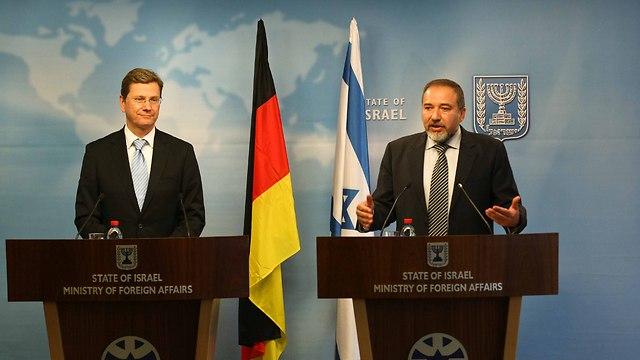 """ליברמן: """"פעל לחיזוק הקשר בין ישראל לגרמניה"""" (צילום: נועם מושקוביץ) (צילום: נועם מושקוביץ)"""
