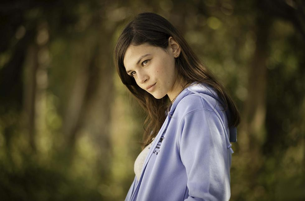 רוצה לברוח ממגדל העמק ולהיות שחקנית. ג'וי ריגר (צילום: רן מנדלסון) (צילום: רן מנדלסון)