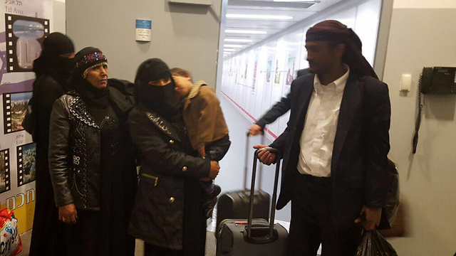New immigrants arrive in Israel (Photo: Arielle Di-Porto, Jewish Agency)