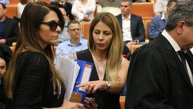 ענבל אור בבית המשפט המחוזי בתל-אביב (צילום: מוטי קמחי) (צילום: מוטי קמחי)