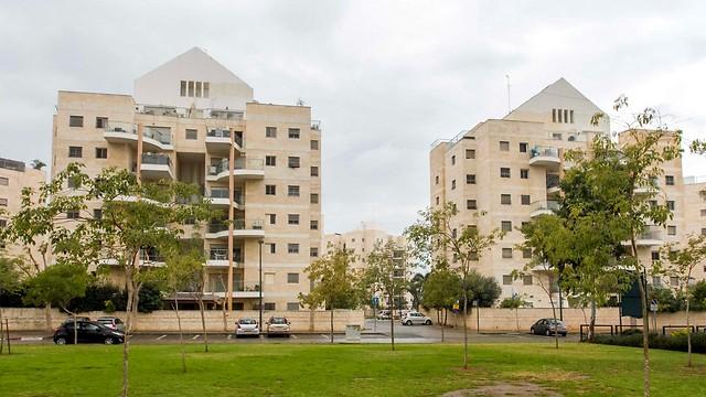 שכונת קריית השרון בנתניה. 130 דירות מוזלות (צילום: עידו ארז)