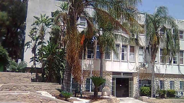 בניין עיריית שדרות (צילום: זאב טרכטמן ) (צילום: זאב טרכטמן )