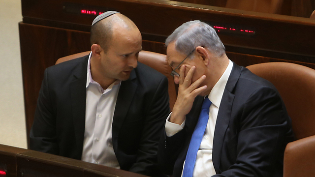 Naftali Bennett with PM Netanyahu (Photo: Alex Kolomoisky) (Photo: Alex Kolmoisky)