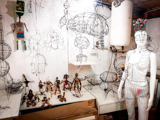 הסטודיו של סיבוני בקיבוץ. תחילת הדרך (צילום: יעל סיבוני)