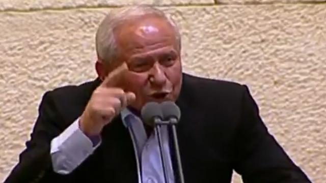דיכטר הלילה במליאה (צילום: ערוץ הכנסת) (צילום: ערוץ הכנסת)