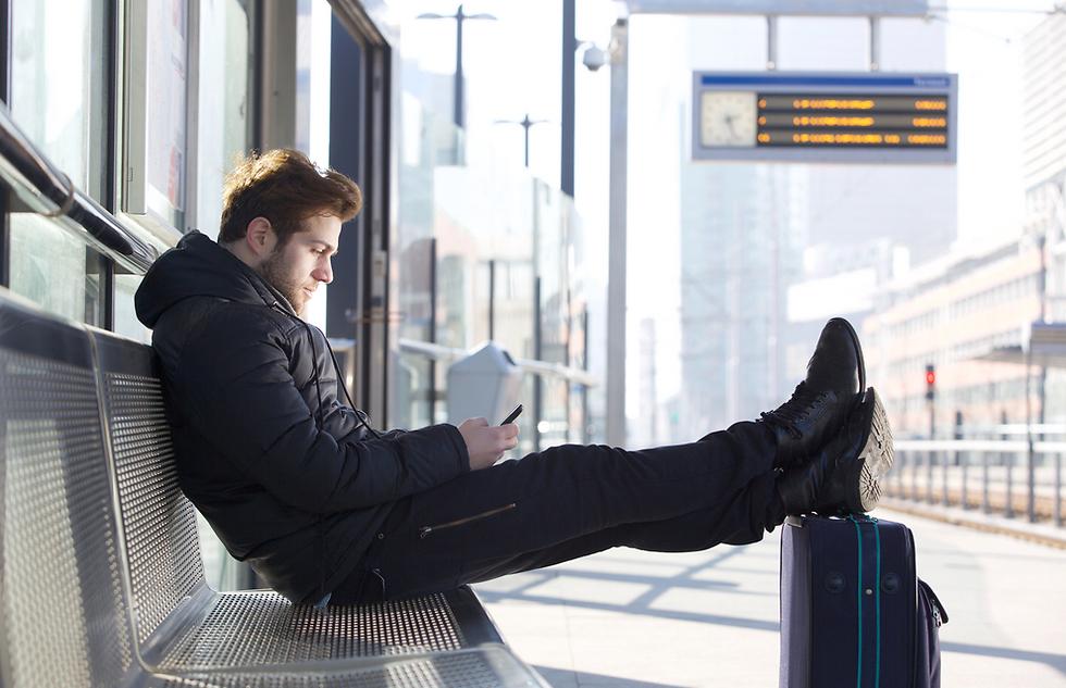 רק לא לפספס את הרכבת (צילום: Shutterstock)
