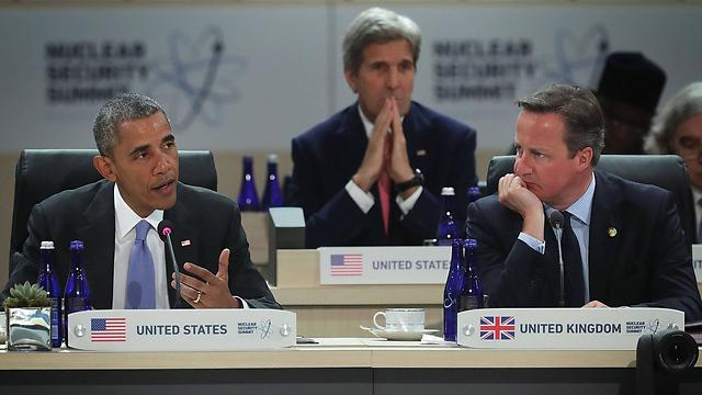 קמרון, קרי ואובמה בוועידת הגרעין, אמש (צילום: AFP) (צילום: AFP)