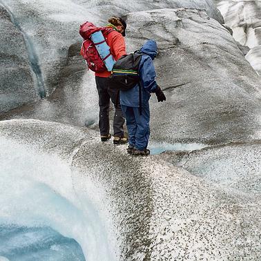 טיול על קרחון רוט ליד מקארת'י   צילום: עופר גלמונד