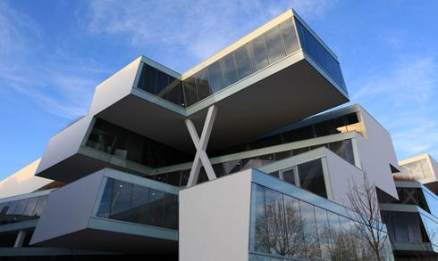 מטה חברת התרופות ''אקטליון'' בשווייץ. פרויקט פיסולי של המשרד