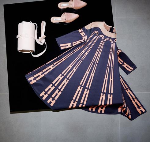 האוס אוף סטייל. מכירה מיוחדת לקראת החג עם בגדים, תכשיטים ואקססוריז  (צילום: הילה שאייר)