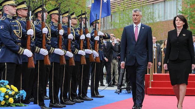 האליטות רוצות לשמור על הסטטוס-קוו במדינה. נשיא סרביה האשים תאצ'י (צילום: רויטרס) (צילום: רויטרס)