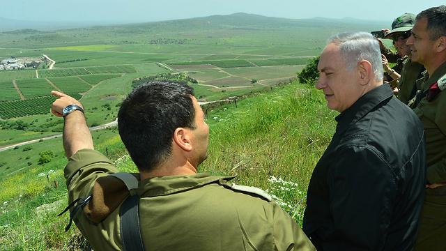 Netanyahu at drills in the Golan (Photo: Kobi Gideon LTD)