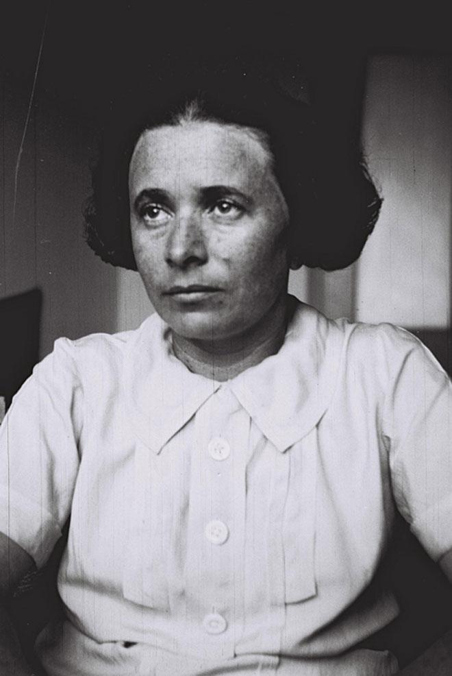 אנדה עמיר-פינקרפלד. לא תיתן יד להרג (צילום: זולטן קלוגר)