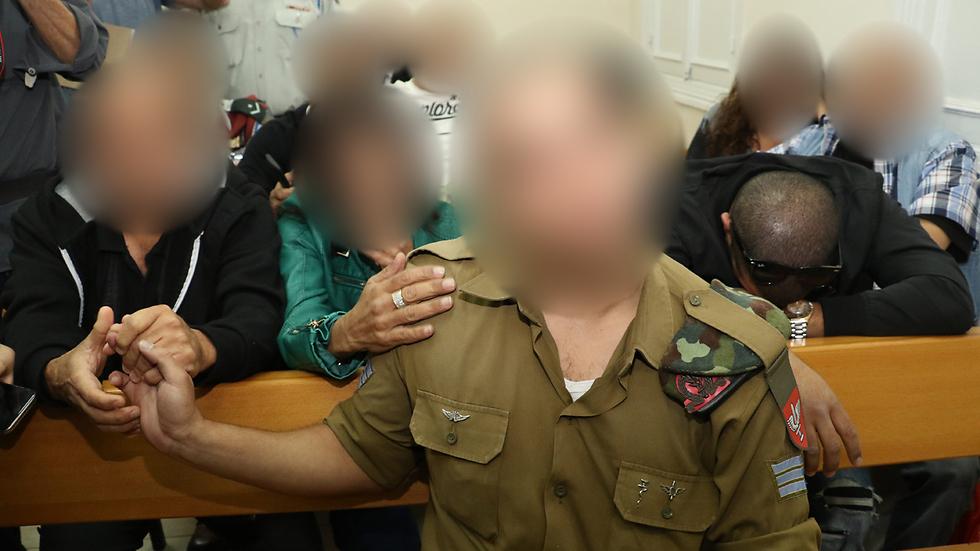 החייל היורה בבית הדין הצבאי (צילום: שאול גולן) (צילום: שאול גולן)