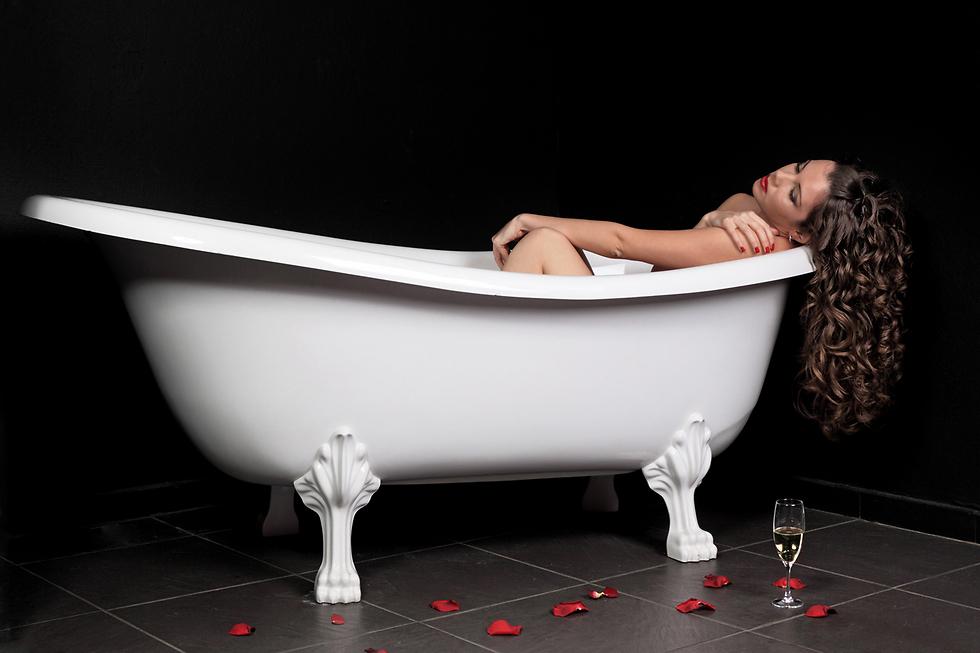 מקלחת קרה תמיד תעזור (צילום: Shutterstock) (צילום: Shutterstock)