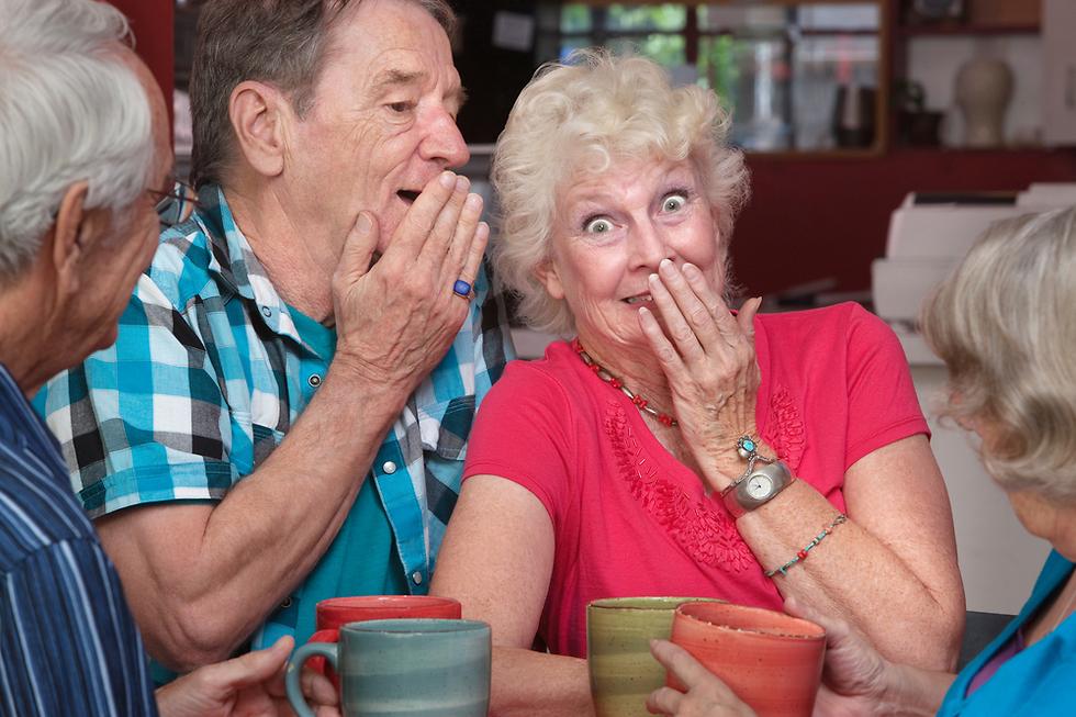 צוחקים בלי קשר לגיל (צילום: Shutterstock) (צילום: Shutterstock)
