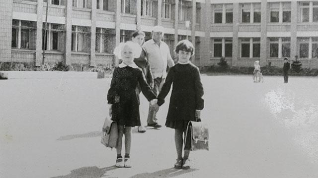 קורולובה בילדותה בפריפיאט, לפני האסון (צילום: רויטרס) (צילום: רויטרס)