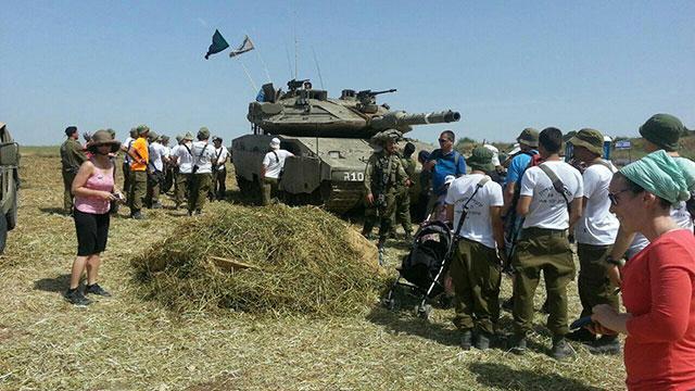 Tank exhibit on the Yad LeShiryon hike (Photo: Yad Leshiryon Latrun)