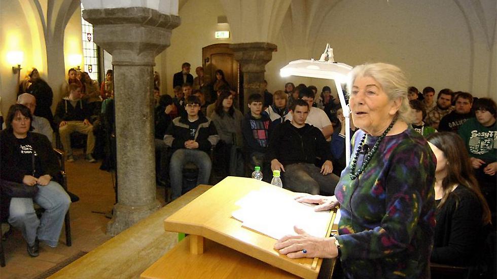 Betty Bausch addressing students