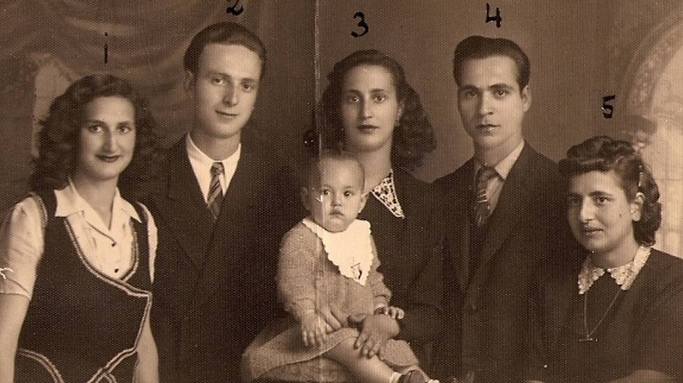 Gattegno (no. 5) with her sisters and their husbands (photo from Nata Gattegno's private collection)