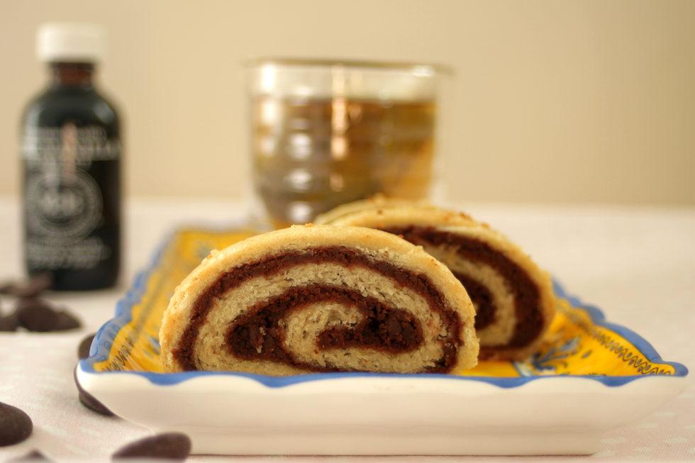 אפשר גם בלי סוכר. עוגיות שוקולד מגולגלות (צילום: מיכל שמיר)