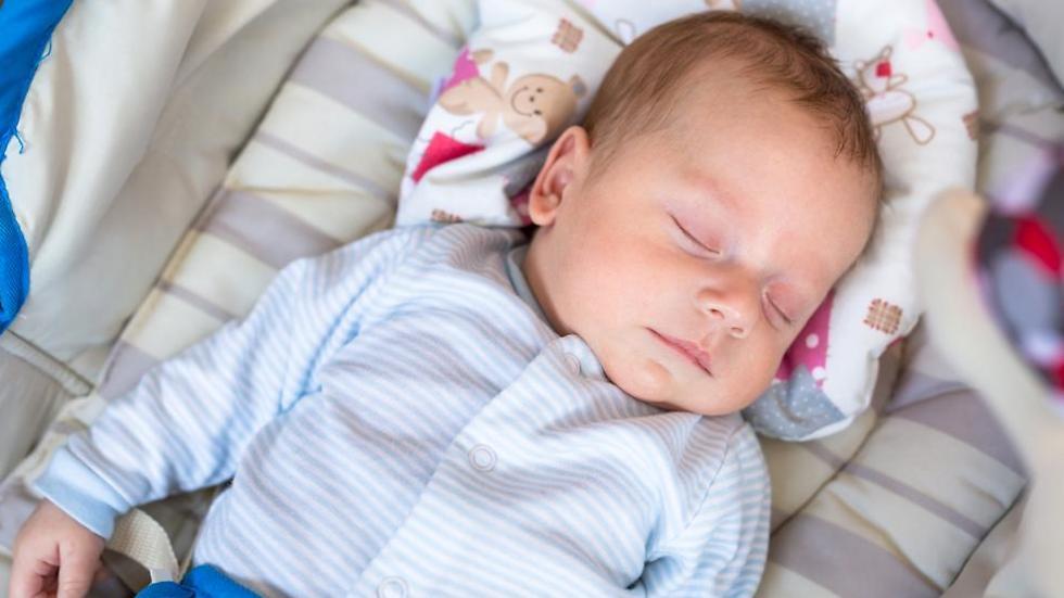 סמים בחיתול של תינוק - אילוסטרציה (צילום: shutterstock)