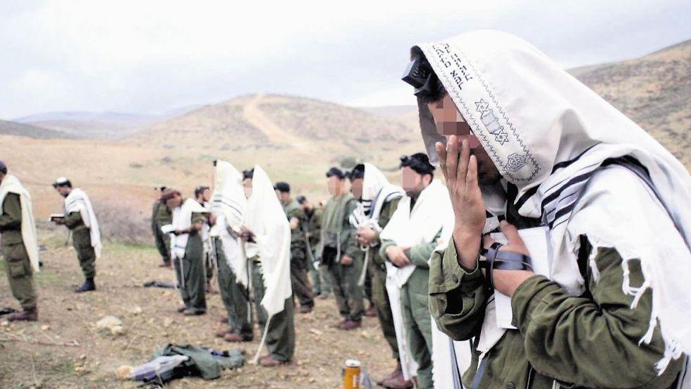 Haredi soldiers. 'Radical rabbis are inciting soldiers against the military spirit' (Illustration photo: Elad Gershgorn)