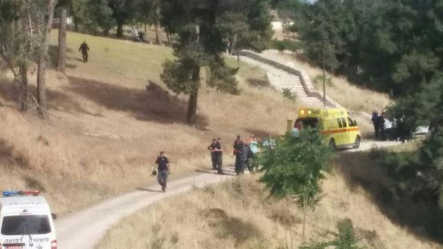 Scene of attack in Armon Hanatziv (Photo: Medabrim Tikshoret)