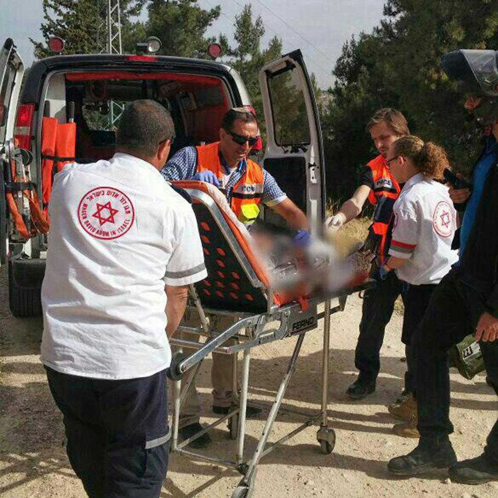 Attack in Armon HaNatziv (Photo: MDA)