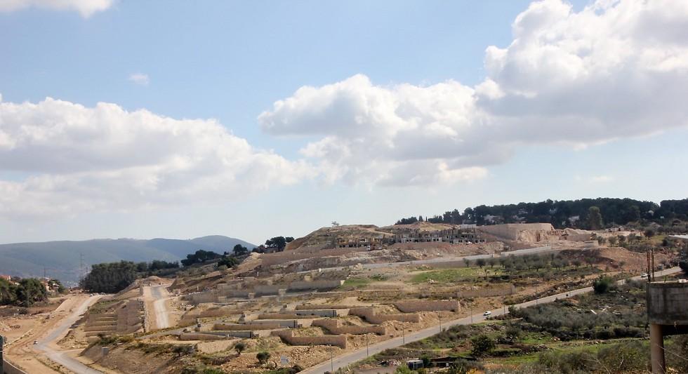 השטח שעליו תיבנה שכונת גבעת אורנים במעלות תרשיחא (צילום: שלמה שרביט)