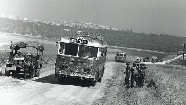 1967 - מלחמת ששת הימים, כיבוש יהודה ושומרון, בדרך לג'נין (ארכיון אגד) (ארכיון אגד)